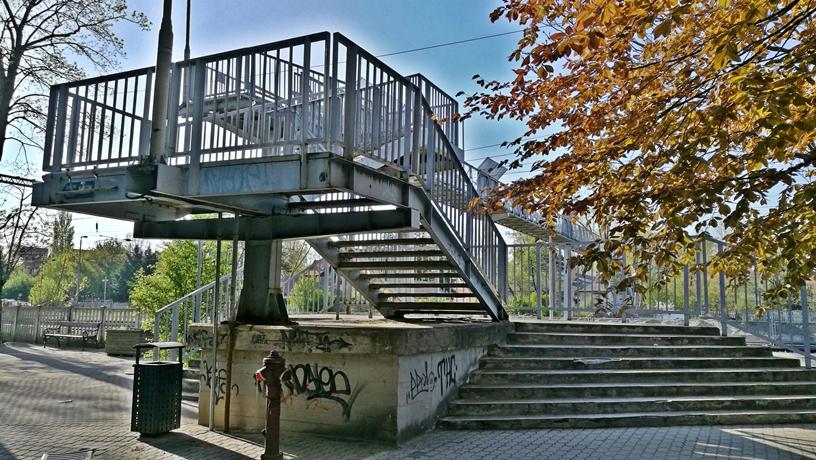 Siófok - Vasúti gyalogos felüljáró - Kocsmaturista