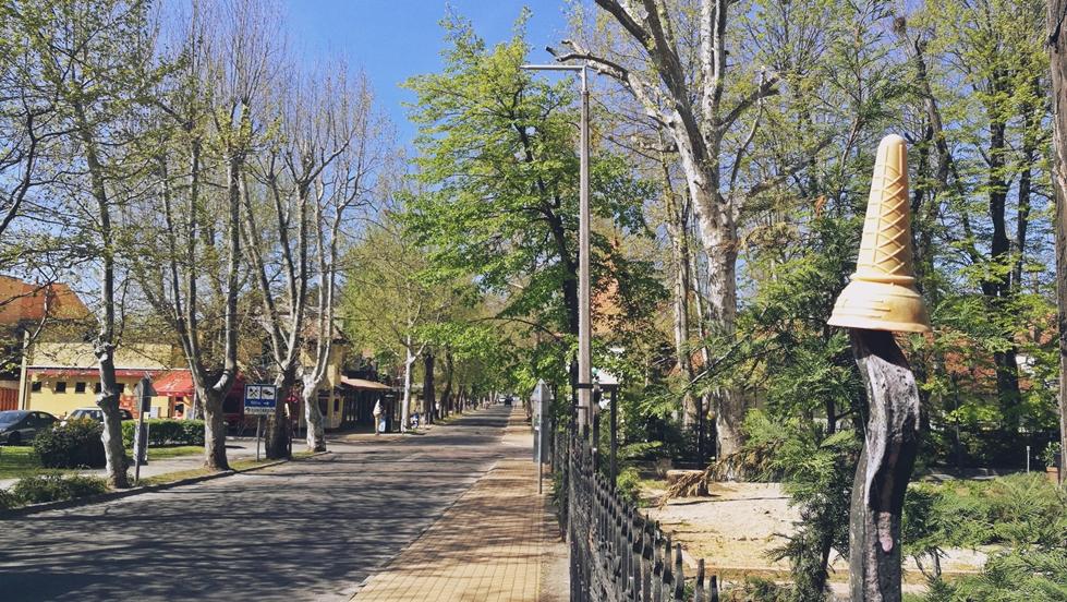 Siófok tavasszal - Tölcsér fagylalt nélkül - Kocsmaturista
