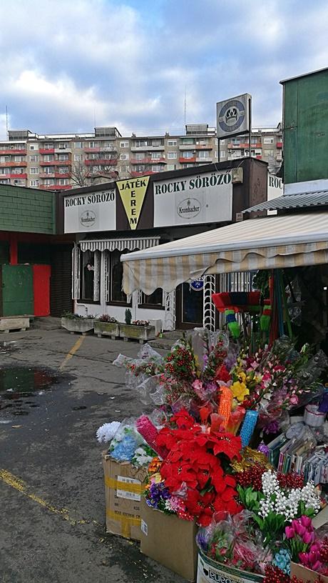 XV. kerület kocsmái, Budapest - Újpalotai Vásárcsarnok - Rocky Söröző - Kocsmaturista