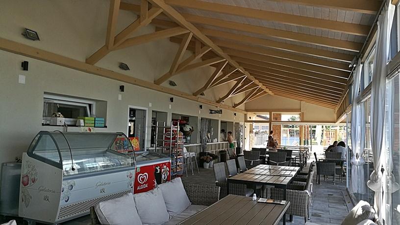 Kocsmaturista - Moby Dick Beach Caffe - Beltér - Kocsamaturista