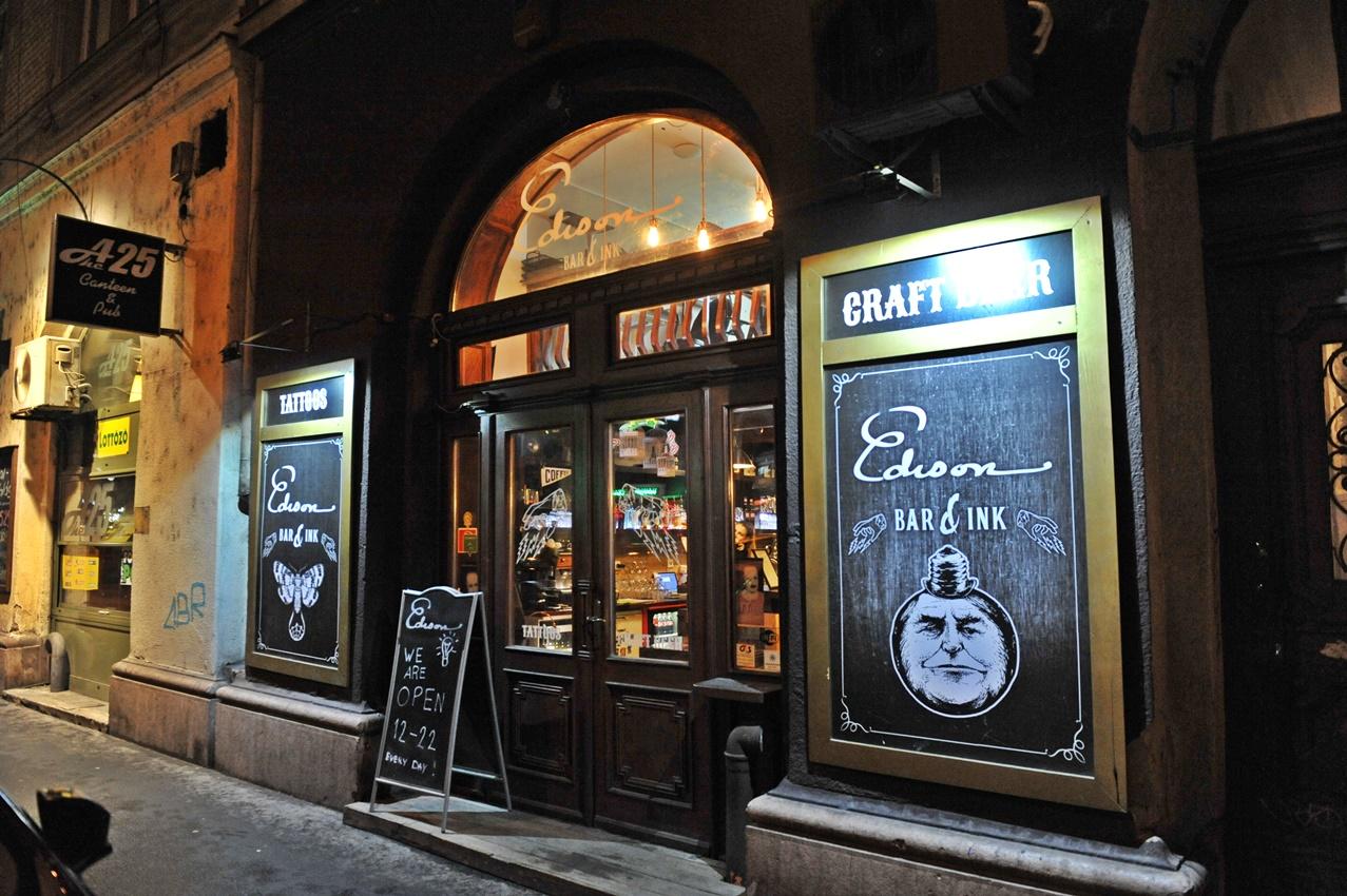 Edison Bar & Ink kapu - Kocsmaturista