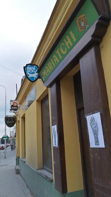 Nyitra kocsmái - Mariatchi kivülről - Kocsmaturista