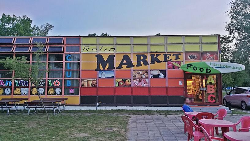 Aranypart Camping - Siófok-Szabadifürdő - Retro Market - Kocsmaturista