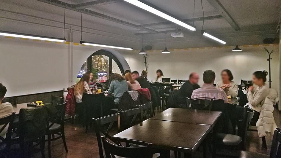 KUZIN Bar, felső szint - Kocsmaturista