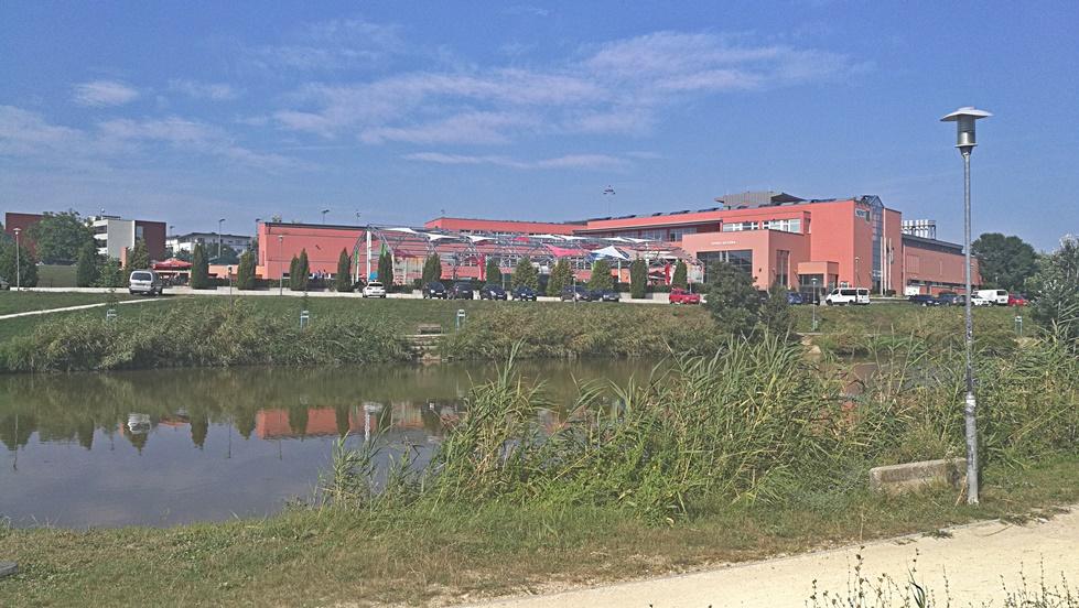 Solli étterem környéke - Sport 11 sportcentrum - Kocsmaturista