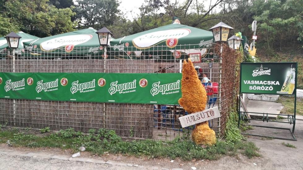 Van Nálatok Terasz - Népsziget kocsmái - Vasmacska Söröző - Kocsmaturista