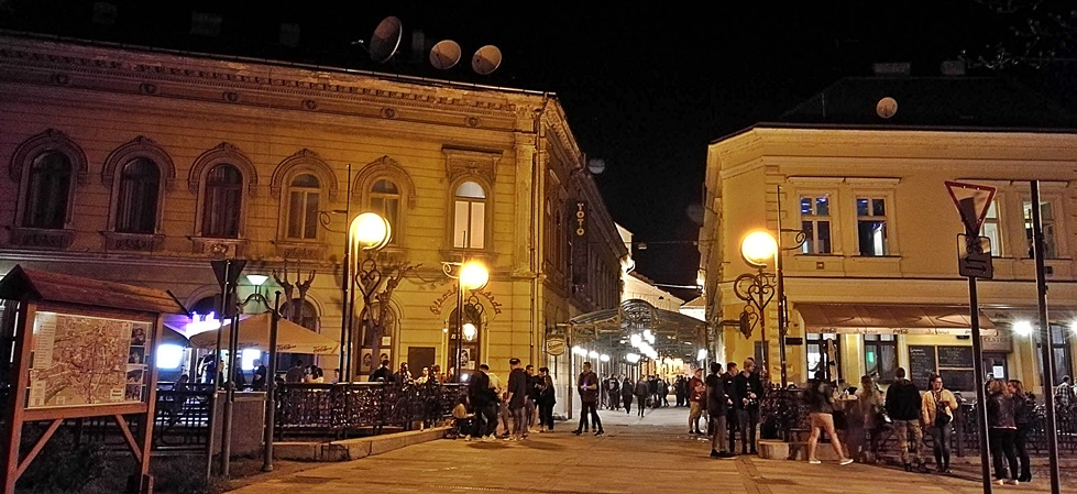 Miskolc kocsmái - Szinva terasz - Árpilisi péntek éji terasz - Kocsmaturista