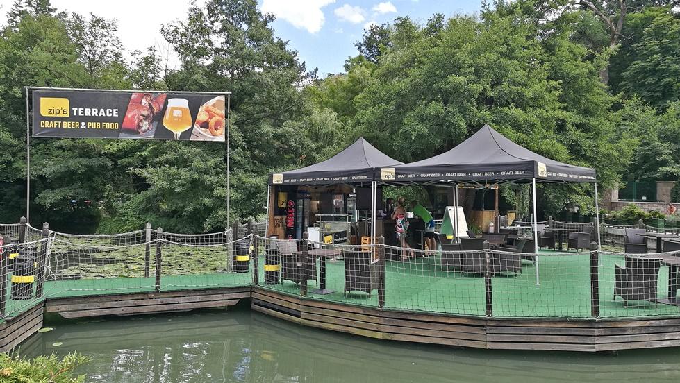 Miskolc kocsmái - zip's brewhouse - nyári zip's terrace a Miskolctapolcai Barlangfürdőben - Kocsmaturista
