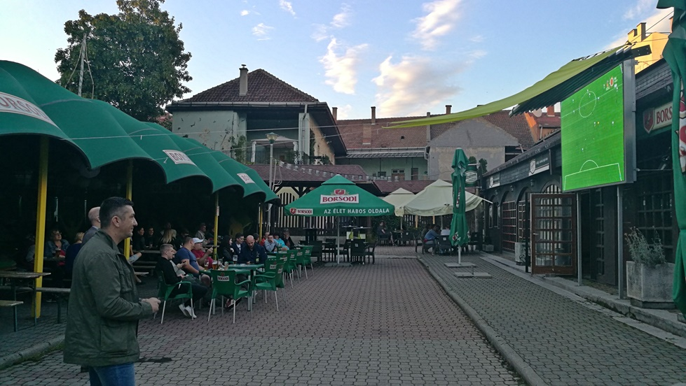 Miskolc kocsmái - Grizzly Music Pub - Borsodi Sörterasz - Kocsmaturista
