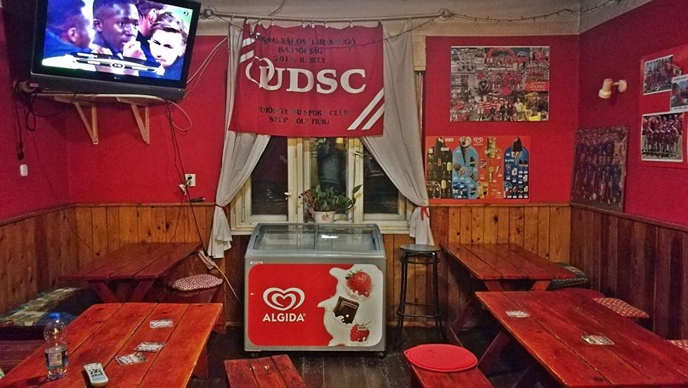Piros-Fehér Söröző Miskolc - UDSC kocsmacsapat - Kocsmaturista