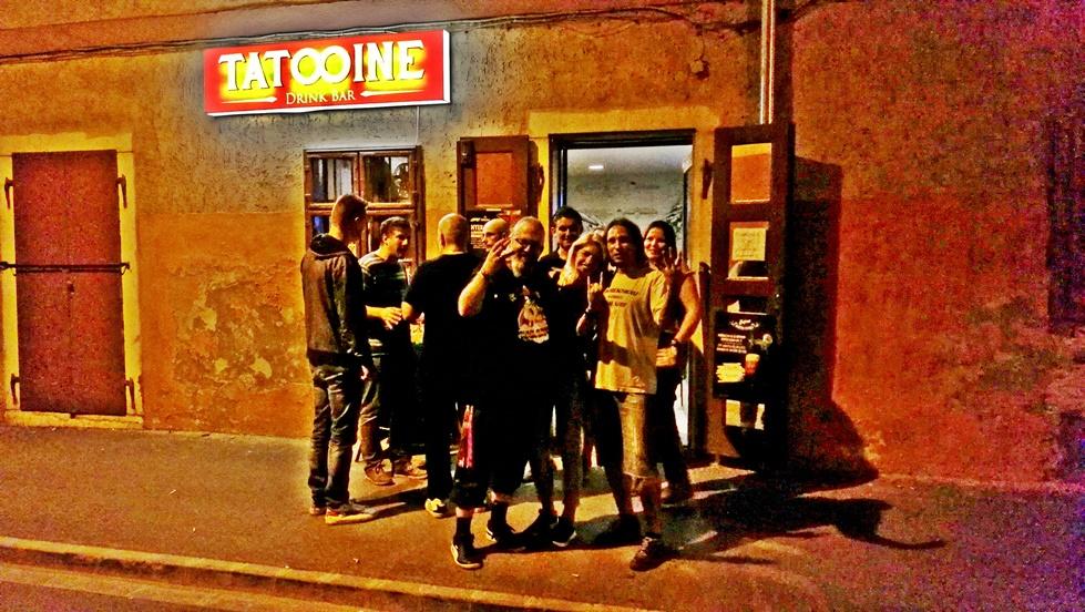 Tatooine Drink Bar kívülről - Győr - Kocsmaturista