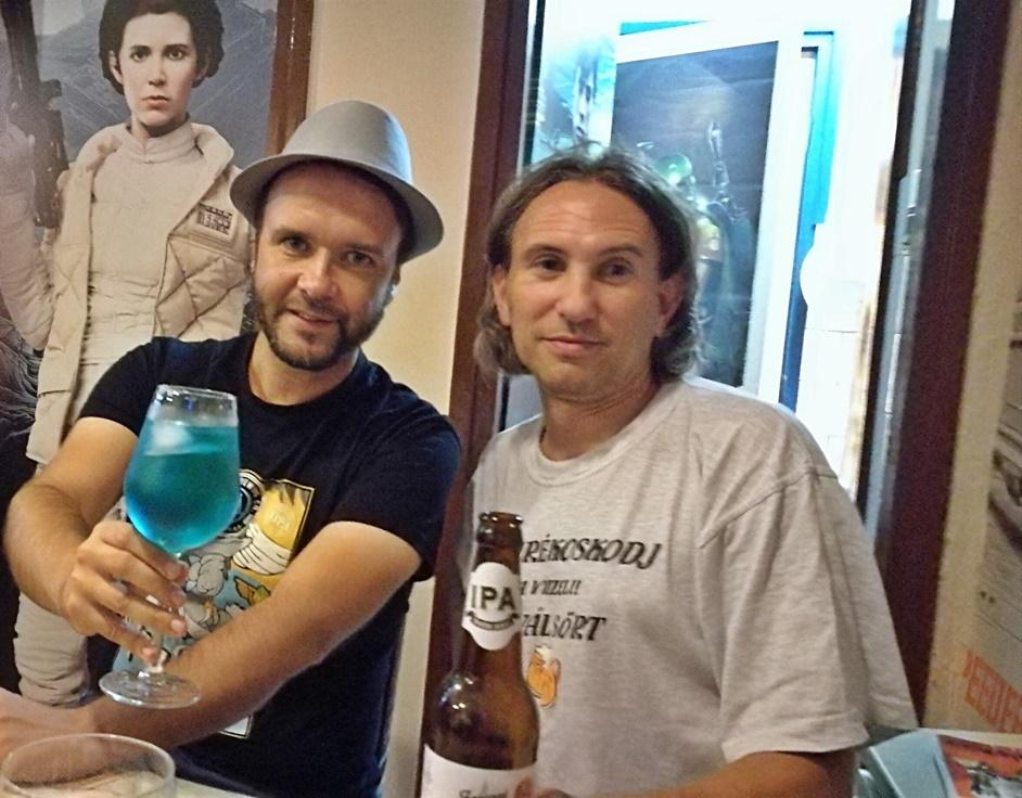 Tatooine Drink Bar - Pálinkafröccs ivás közben - Kocsmaturista