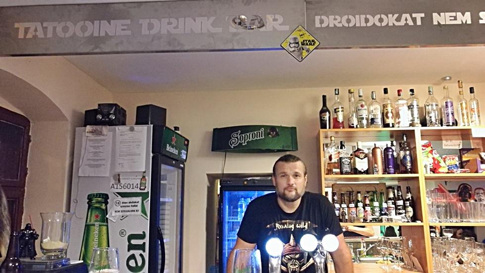 Tatooine Drink Bar, Győr - Kocsmaturista - Gábor a trónon