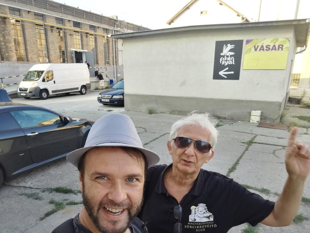 A Fehér Nyúl Brewery - a nyúl ürege, Vaskó János, kecskeméti sörcikkgyűjtővel - Kocsmaturista