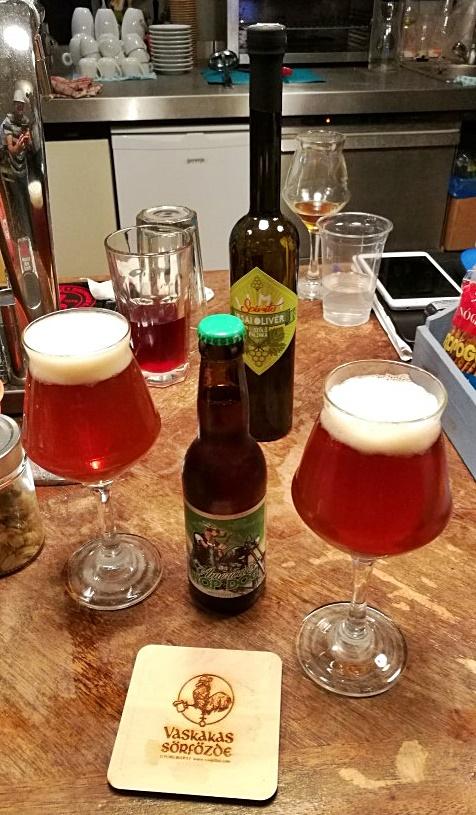 Kocsmalátogatások a Magyarországi Sörcikkgyűjtő Klubbal - Lima Pub & Hostel - Vaskakas Sörfőzde HopDog söre és Lima saját Irsai Olivér pálinkája