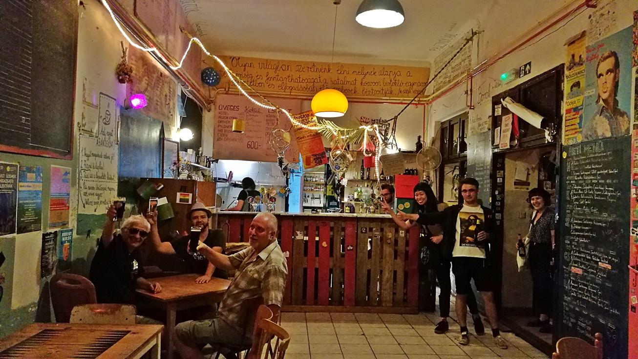 Kocsmalátogatások a Magyarországi Sörcikkgyűjtő Klubbal - Gólya