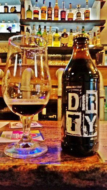 Dobré Časy, Kassa - Kocsmaturista - Dirty Imperial Milk Stout - Wardrobe Beer Manufactury and Rhombus