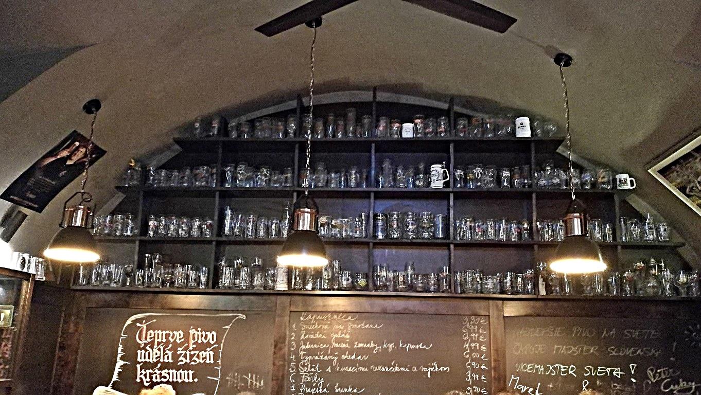 Camelot Pilsner Pub és Középkori Étterem, Kassa - Kocsmaturista 04