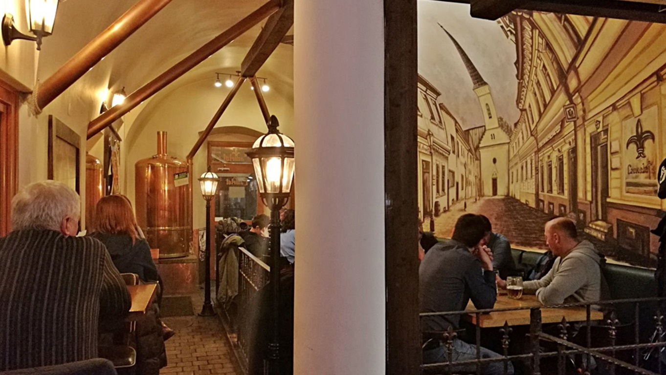 Camelot Pilsner Pub és Középkori Étterem, Kassa - Kocsmaturista címlap