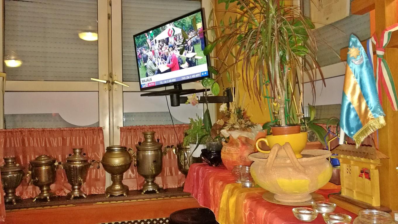 Borostyán Vendéglő, Oroszlány - A szamovár gyűjtemény