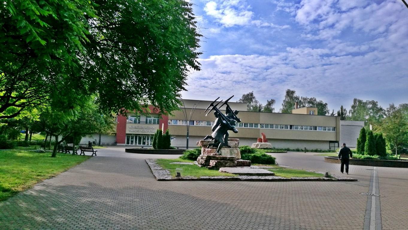 Oroszlány - Kocsmaturista 1