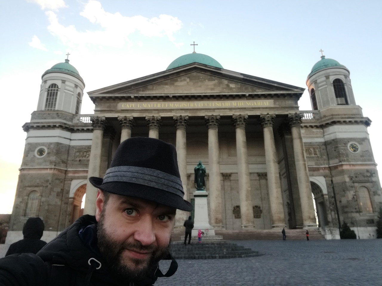 Esztergom - a bazilikával - Kocsmaturista