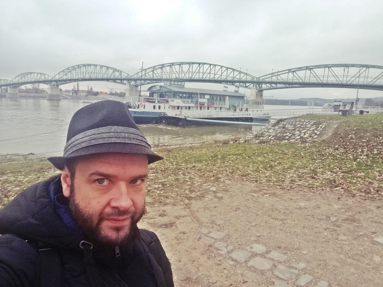 Esztergom - Mária Valéria híd - Kocsmaturista