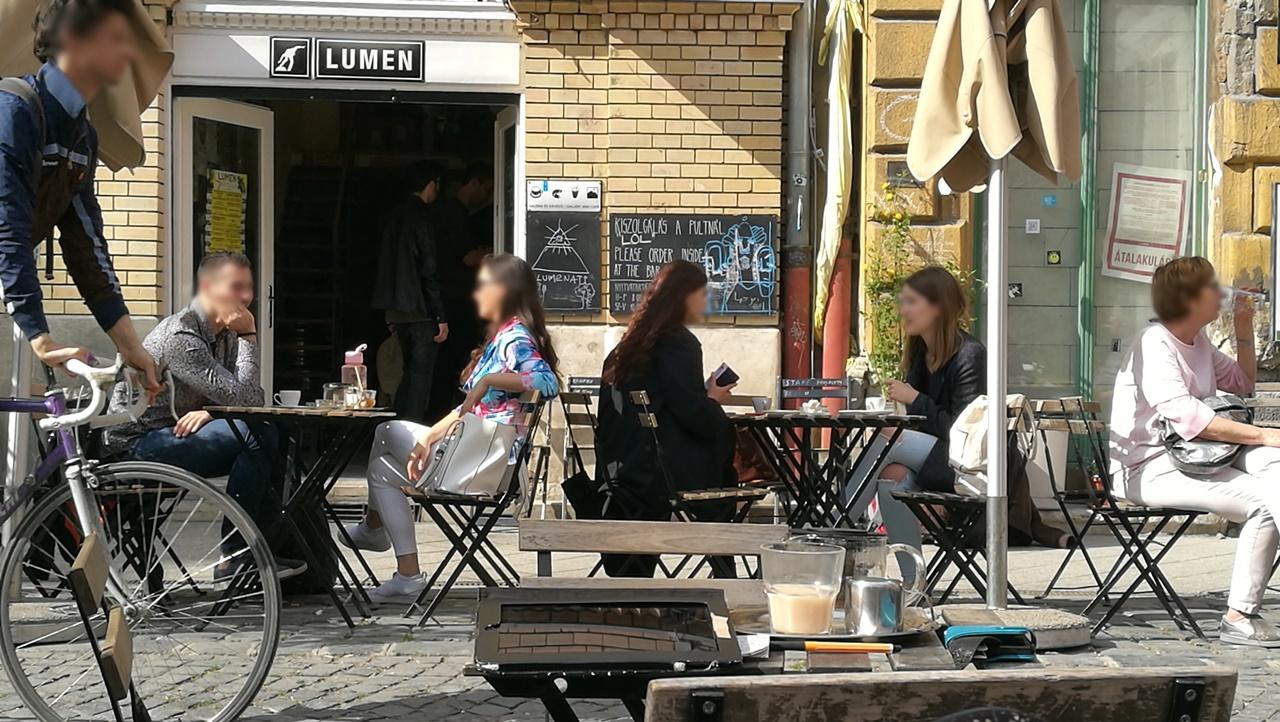 Van Nálatok Terasz!!! - Lumen / KisLumen, 8. kerület - Kocsmaturista