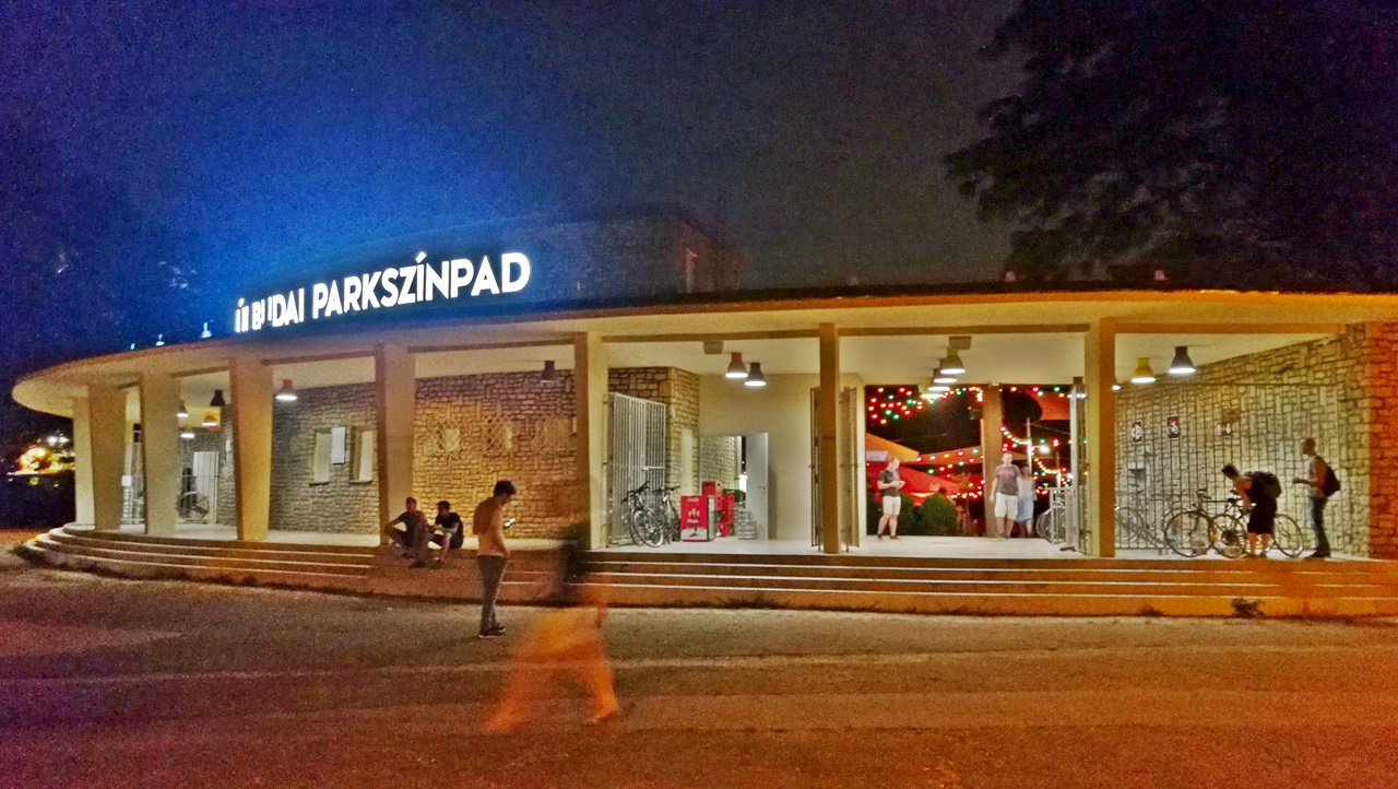 Újbudai Parkszínpad, Budapest, 11. kerület - Van Nálatok Terasz - Kocsmaturista
