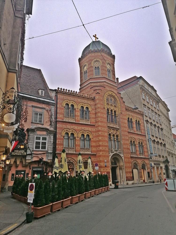 Bécs Koronavírus Cikk 2 - Kocsmaturista